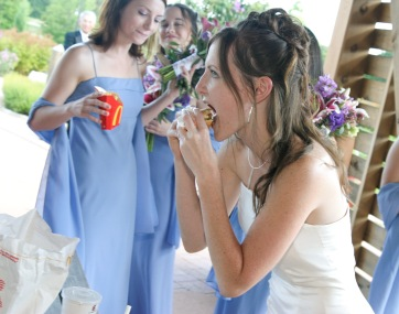 fast wedding food photojournalism